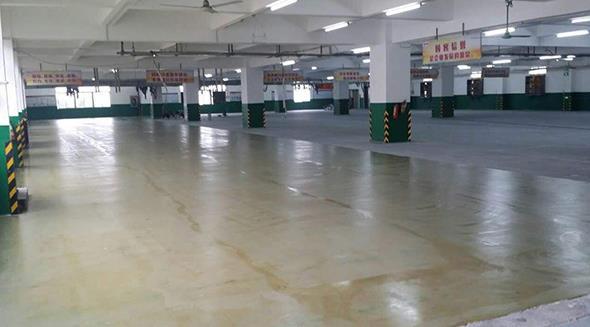 固化剂地坪施工方案 简述混凝土密封固化剂地坪施工过程